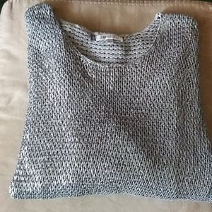Jennifer Lopez silver sweater. 100% cotton size Lg